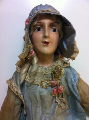 Modrá kompozitová boudoirová panenka